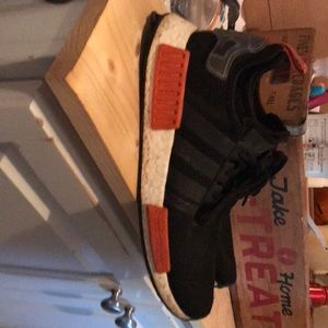 They are adidas nmd r1